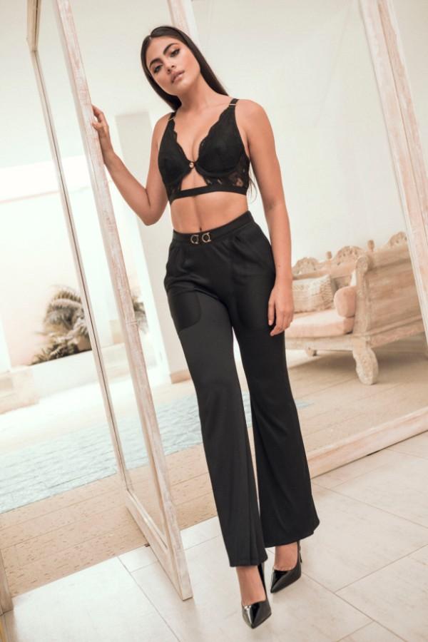 Bralette Wanna Negro y Pantalón Santísimas